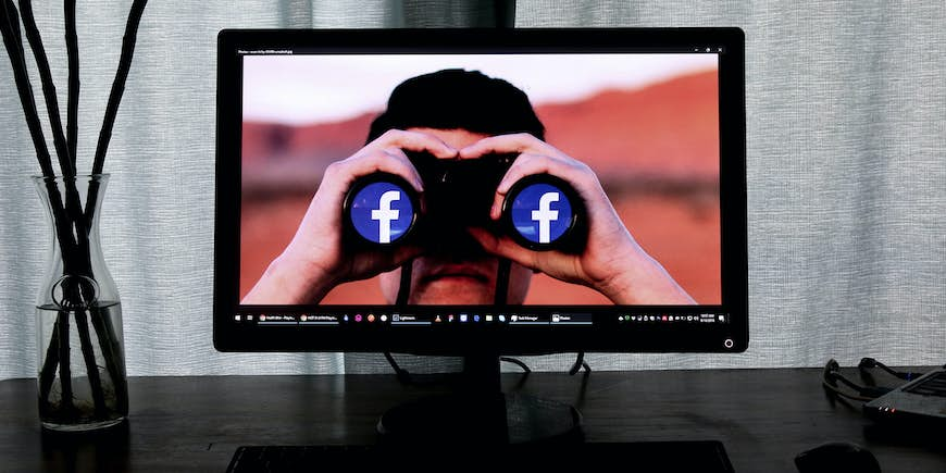 10 Expert Tips to Expand Your Facebook Reach